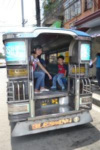 Naik Jeepneey
