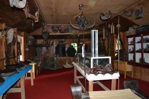 Koleksi peninggalan masa lalu di dalam Museum Batak