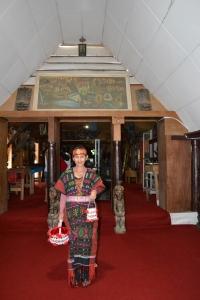 Pake baju adat Batak Toba