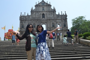 Foto berdua di Ruins of St Paul