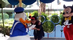 dapet ciuman happy birthday dari Donald... Yeeaayyy....